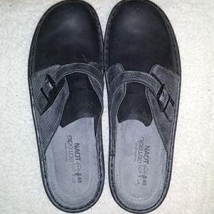 NWOT Naot slipon shoes